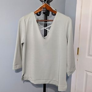 Dynamite ladies top, light sage green, size large